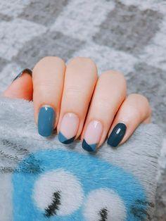 blue pink nails - - blue pink nails makeup, hair, nails, etc blau rosa Nägel Classy Nail Designs, Pretty Nail Designs, Nail Art Designs, Nails Design, Blue Nails With Design, Gel Polish Designs, Classy Nail Art, Easter Nail Designs, Easter Nail Art