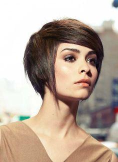 Idées coiffure droites courtes pour l'été