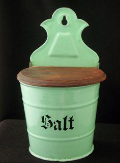 Vintage German Green Enamelware SALT BOX * WOOD LID Vintage Enamelware, Vintage Glassware, Enamel Ware, Salt Box, Kitchen Gadgets, Spoons, Vintage Kitchen, Basin, Mint Green