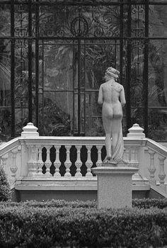 Modern Sculpture, Facade, Sculptures, Art Deco, Statue, Photography, Evening Gowns, Instagram, Australia