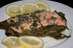 Healthy lemon dill salmon with spinach in the crock pot. I feel like this will be amazing!