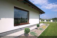 Pool Houses, Entrance, Sweet Home, Sidewalk, Gardening, Windows, Flowers, Home Decor, Plantation Houses