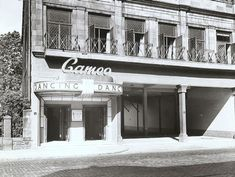 The Cameo Ballroom. Near Shawlands Cross. A favourite haunt of mine. Orchard Park, Glasgow City, Cinema Theatre, Air Raid, Glasgow Scotland, Dance Hall, Old Photos, Places, Dancing