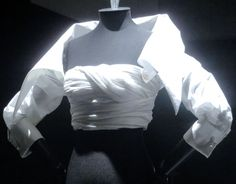 "The "" Nastro "" shirt by Gianfranco Ferré   Ferre's white shirt exhibition"