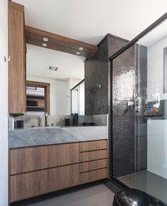 Bom dia people! Começando o dia de inspiração com esse banheiro mara por Laura Mardini.
