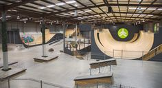 Bmx Ramps, Skateboard Ramps, Halle, Skate Surf, Bike Parking, Tent Camping, Surfing, Game Rooms, Layout