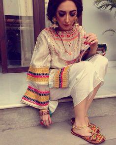 Pakistani Couture, Pakistani Dress Design, Pakistani Outfits, Indian Outfits, Asian Fashion, Girl Fashion, Fashion Outfits, Fashion Hair, Bridal Fashion