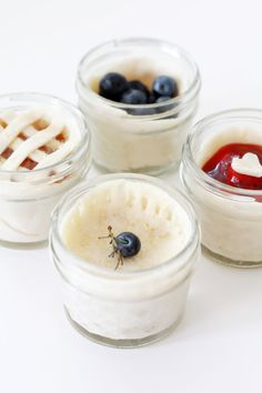 MASON JAR TINY PIES…  Perfect for 4th of July parties. To Cute. Get creative & use different fillings & designs.