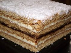Romanian Desserts, Romanian Food, Food Cakes, Felicia, Tiramisu, Cake Recipes, Sweet Treats, Deserts, Bun Bun