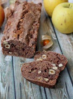 Pas vraiment un pain, pas vraiment un cake non plus... mais peu importe, voilà un en-cas parfait, relativement sain, gourmand et qui se con...