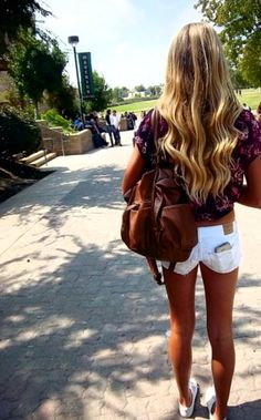 Loove her hair & shirt & shoes & basiclly the whole outfit.