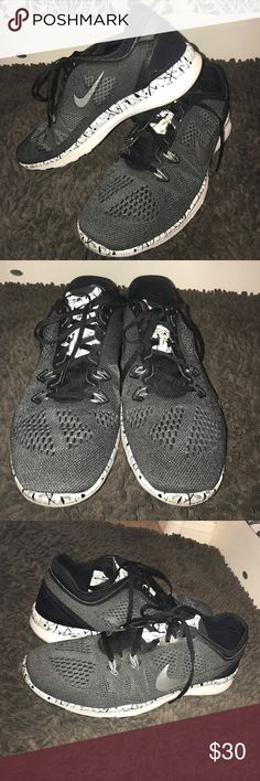 official photos e48a5 7d57c Shop Women s Nike Gray Black size 9 Athletic Shoes at a discounted price at  Poshmark. Description  Nike Free TR Fit Size Only worn indoors.