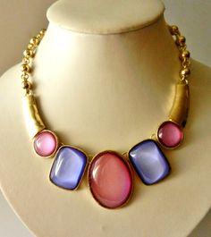 Exquisite vintage Italian 1970 - grandiose jewel, vibrant color, large cabochoans -very cool choker necklace--art.637/2-