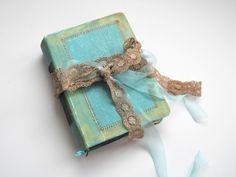 Hand bound photo album with handmade paper. Wedding guest book. 22x16 cm.