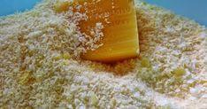 Atividade Sensorial 1 xícara de sabão em barra ralado     Adicione seu flocos de sabão e 2 xícaras e meia de água morna (para dissolver ...