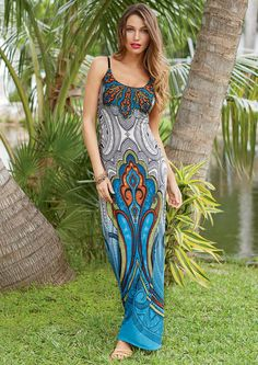 Maya Maxi Dress  I love the colors of this dress1  And I think the pattern would be very flattering, slimming!