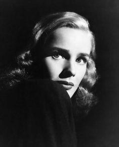 Film Noir Photos: Light and Shadow: Frances Farmer