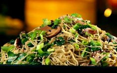 Vegetable Chow Mein by Ching-He Huang (Mushroom, Spinach)