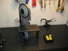Portable Band Saw Unit is Plugged into an Extension Cord On/Off Switch Blacksmith Projects, Welding Projects, Woodworking Projects, Woodworking Bandsaw, Cnc Router, Metal Band Saw, Portable Band Saw, Welding Shop, Welding Art