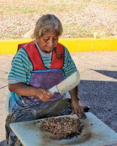 #carnitas #SanLuisPotosi #Mexico #mexicodesconocido #people #outdoors #elderly #lifestyle #portrait #grow #daylight #child #leisure #wear #elder #family #food #foodporn #foodie #foodpicoftheday #foodpic #foodgasm #instafood #yummie #summer #travel #traveling #visiting #instatravel #instago