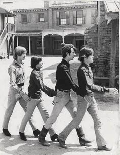 the monkees - 'here we come, walkin' down the street'