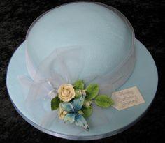 Cute hat cake