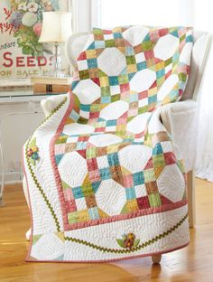 Breath of fresh air. Snowball and nine patch from Quilt Sampler spring/summer 2011 size: 68 square; finished blocks are Big Block Quilts, Circle Quilts, Cute Quilts, Scrappy Quilts, Quilt Top, Quilt Baby, Quilting Projects, Quilting Designs, Sewing Projects