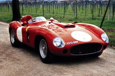 #TBT The #Ferrari #860Monza turns 60 this year. Its max. speed of 260Km/h…