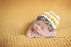 Knitted Newborn Baby Hat Hand Knit Infant Cap by LittleBirdLucy, $16.99