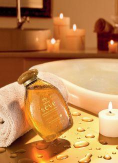 Natura Seve. Durante el baño después de lavar el cuerpo aplícalo en todo el cuerpo distribúyelo uniformemante con movimientos suaves. Luego enjuagar y secarse.