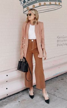 summer to fall work outfits Fall Outfits For Work, Simple Outfits, Spring Outfits, Minimal Fashion, Work Fashion, Women's Fashion, Blazer Fashion, Fashion Outfits, Moda Minimal