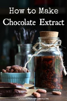 How To Make Chocolate Extract I hope you're sitting down because, whoa, this is huge. Cacao beans contain top notes that are usually lost when they're processed into chocolate, but you can get them back by adding in chocolate extract. Just grab cacao nibs Le Cacao, Cacao Nibs, Chocolate Extract, Cacao Chocolate, Chocolate Liquor, Chocolate Bars, Cooking Tips, Cooking Recipes, Smoker Recipes