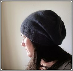 Free pattern: Basic slouch hat Recently updated to v. 2, this update makes the pattern easier to read and fixes a couple of minor errors.