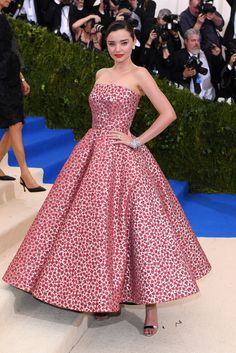 Miranda Kerr in Oscar de la Renta and Christian Louboutin shoes - Met Gala 2017 celebrating Comme des Garçons's Rei Kawakubo