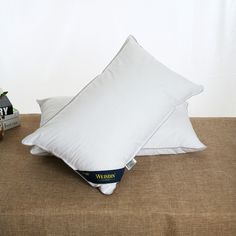 Choose down feather pillows from Weisdin, recommended Chinese supplier, product quality protection and on-time shipment, get catalogue now!