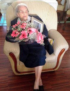 No dia 22 de julho de 2015, a antiga aluna (AA176/1919) e antiga funcionária do Instituto de Odivelas – Infante D. Afonso, Ilda Gonçalves Vieira, celebrou 104 anos de vida. A decana das AA nunca pensou viver para assistir ao fecho e esbanjamento da sua casa