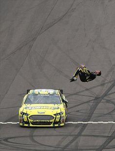 NASCAR: Carl Edward Gets Much Needed Win In Phoenix
