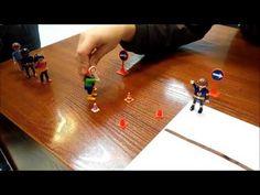 Con este circuito simulado con clips de Playmobil reproducimos una de las actividades propuestas en nuestro trabajo. Geometría - YouTube Youtube, Triangle, Proposals, Circuit, Activities, Playmobil, Youtubers, Youtube Movies