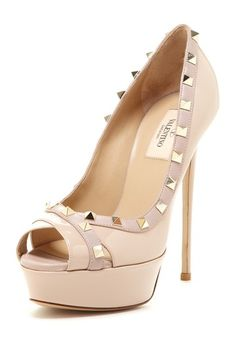 Peep Toe Studded Pump