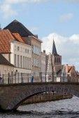 Klassieke uitzicht op de middeleeuwse stad Brugge, België stock photography (medieval view- Brugge- Belgium))