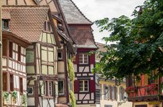 Colmar - eine Märchenstadt zum Verlieben! Die Altstadt Colmars im Herzen vom Elsass liegt an der Weinstraße und lockt mit pittoreskem Charme.