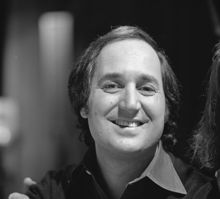 Neil Sedaka (born March 13, 1939) is an American pop/rock singer, pianist, and composer. Collaborating mostly with lyricists Howard Greenfield and Phil Cody.