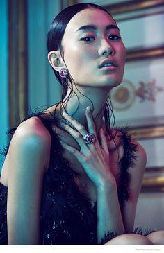 shu pei van cleefs arpel jewelry04 774x1200 Shu Pei Shines in Gems for Richard Ramos in Prestige Magazine