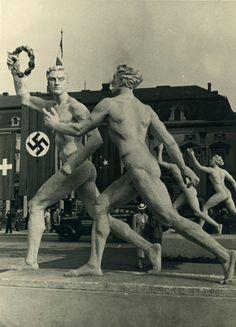 Berlin | Olympiastadion. Skulptur