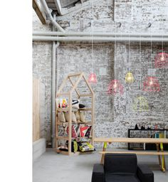 Koskela showroom in Sydney. The wares on display look pretty great, but I am really taken with the wall!
