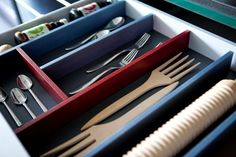 Reorganie your drawers without the need of tools!