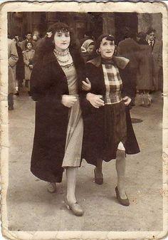As dúas Marías. Las dos Marías, o las dos en punto.  Fotos antiguas de Santiago de Compostela