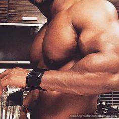 Quer Aprender A Queimar Gordura De Verdade? Então Acesse: http://www.SegredoDefinicaoMuscular.com Eu Garanto... #GanharMassaMuscular
