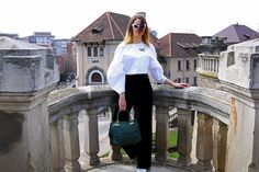 #blogger #blog #fashion #style #ootd #outfit #trend #cateye #sunglasses #outfitoftheday #white #fblogger #new #post #instaphoto #instadaily #inspo #inspiration #photoinspo #cateyesunglasses #portrait #iasi #shirt #whiteshirt #green #catifea #trousers #evazati #pantalonievazati #model #shooting Cat Eye Sunglasses, Outfit Of The Day, Bell Sleeve Top, Trousers, Ruffle Blouse, Ootd, Portrait, Green, Blog