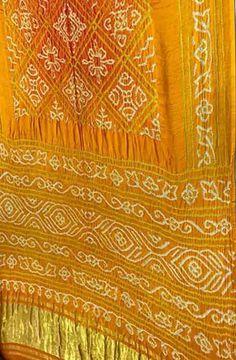 Yellow Handloom Bandhani Gajji Silk Saree Saris, Silk Sarees, Beautiful Saree, Beautiful Dresses, Bandhini Saree, Cutwork Blouse Designs, Sari Dress, Buy Sarees Online, Block Prints